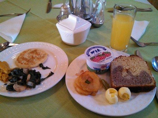 KZ Hotel: breakfast (buffet)