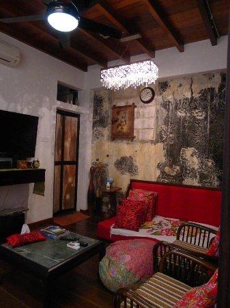 Lekiu House: The upstairs living area