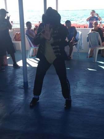 Dancer Cruise: Michael Jackson Thriller Dance :)