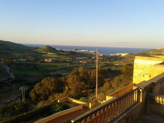 Cornucopia Hotel : terrace view
