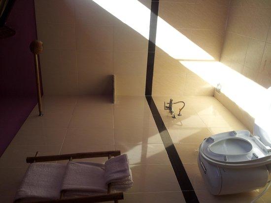 La Mer Resort Phu Quoc : coconut shower