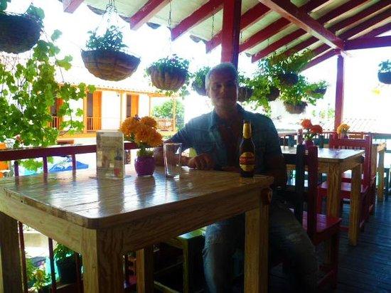 Pueblito Paisa: con la  mia cerveza nella fonda antioquena