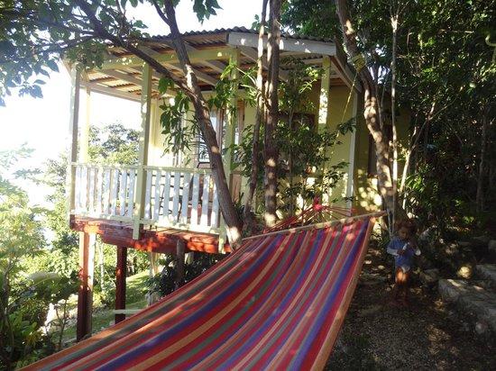 Good Hope Retreat: Outside my cabin