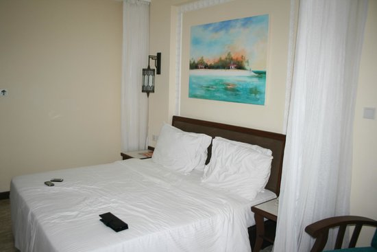 Sarova Whitesands Beach Resort & Spa : palm room
