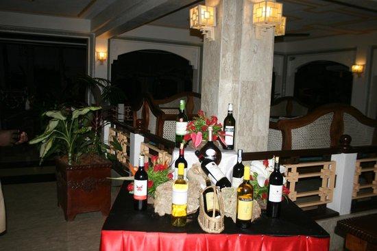 Sarova Whitesands Beach Resort & Spa : pavilion dinning