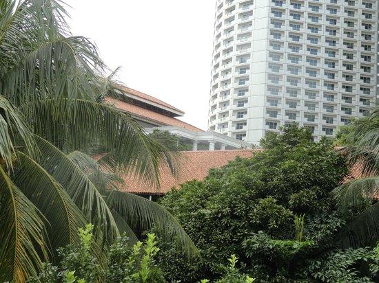 Fairmont Singapore : The Fairmont FROM Raffles