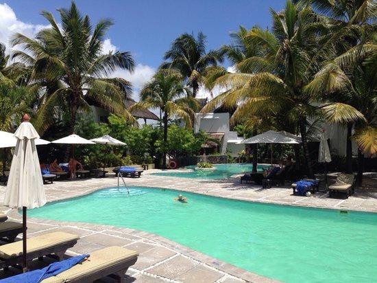 Emeraude Beach Attitude : Piscina