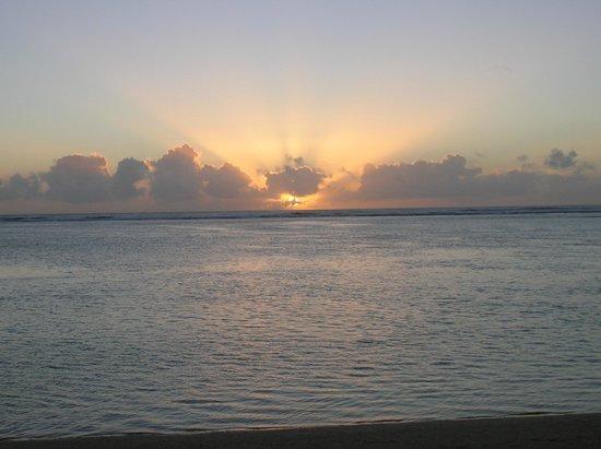 Le Nautile: coucher de soleil