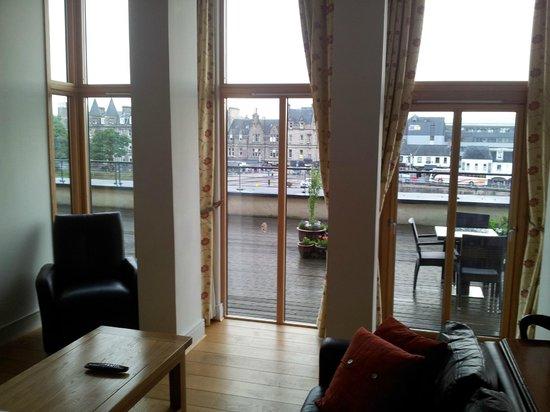 Highland Apartments by Mansley: vista a la terraza del apartamento