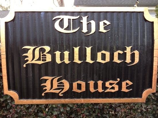 The Bulloch House Restaurant: Diner with friends