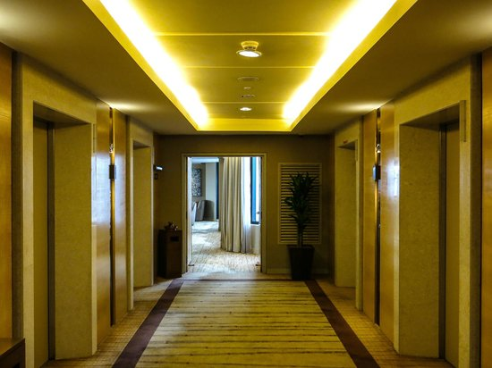 DoubleTree by Hilton Kuala Lumpur : Towards the Executive Lounge at the DoubleTree