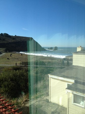 Holiday Inn Express Hotel & Suites Pacifica: View from room, 1 floor up from lobby (sorry - glare)