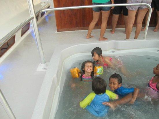 Manuel Antonio Catamaran Adventures: Diversión para niños!!!