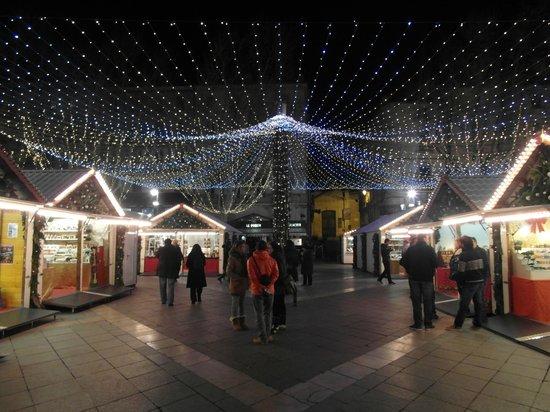 Place de l'Horloge : Illuminazione natalizia