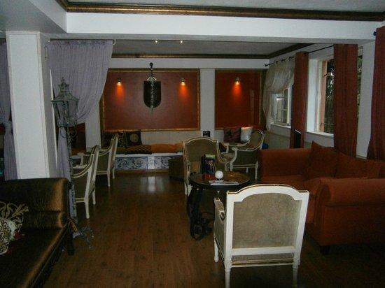 Dom Manuel Hotel: lounge