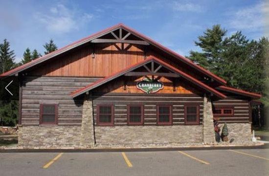 Cranberry Inn: Restaurant Exterior