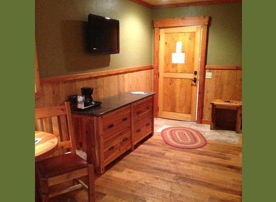Cranberry Inn: Guest Room