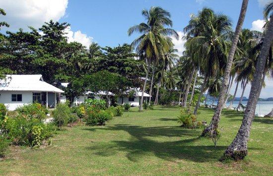 Koh Mook Riviera Beach Resort: beach front sea villas