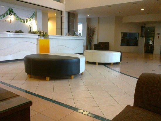 Flipper House Hotel: reception