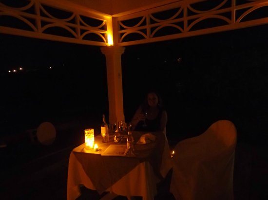 Couples Tower Isle : Private Island Dinner