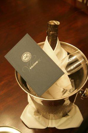 Belmond Charleston Place: Champagne