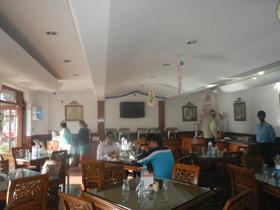 JC Residency: Specious & beautiful place to dine