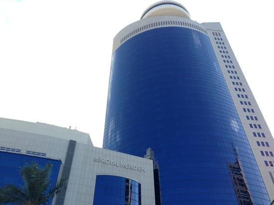 Le Royal Meridien Abu Dhabi: esterno