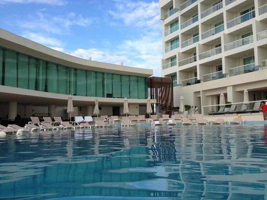Sun Palace : pool area