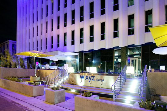 Aloft Orlando Downtown: w xyz Outdoor Patio