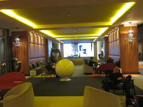 Pullman Paris Montparnasse : lobby