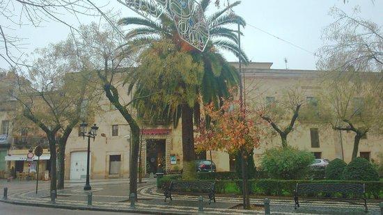 NH Collection Cáceres Palacio de Oquendo: Fachada