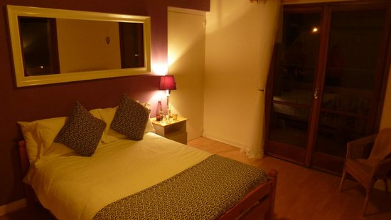 Chalet Chelmer: Master bedroom with en suite and private balcony