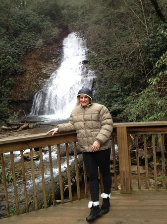 Paradise Hills Resort & Spa: Helton Falls