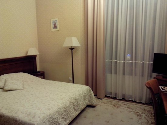 Ostoya Palace Hotel: высокие потолки и достаточно света