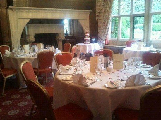 Best Western Plus Grim's Dyke Hotel : Wedding Meal