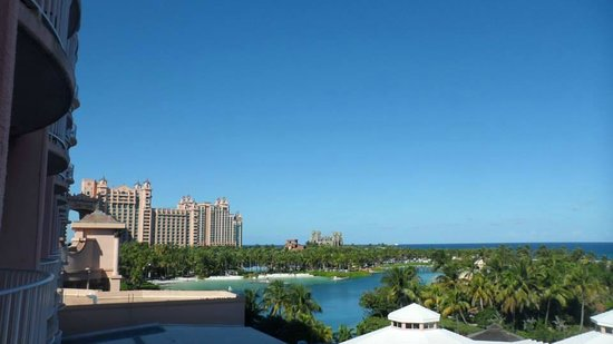 Atlantis, Beach Tower, Autograph Collection: View of Lagoon from 2 Queen Ocean View Room