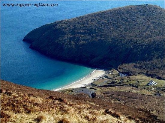 Teach Cruachan: Achill Island