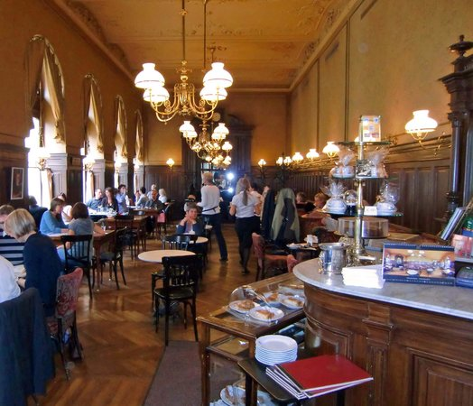 Cafe Sperl : Charmantes Jugendstilflair, doch meist überfüllt