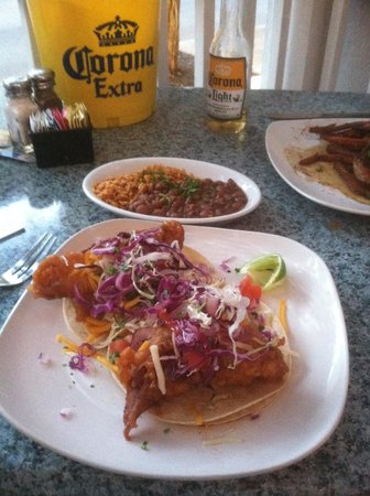 Old Town Mexican Cafe : fried fish tacos