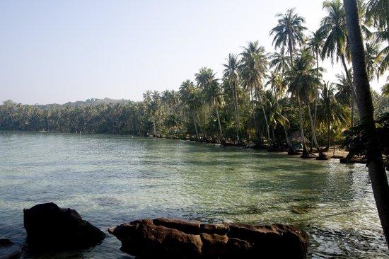 Horizon Resort Koh Kood: beach