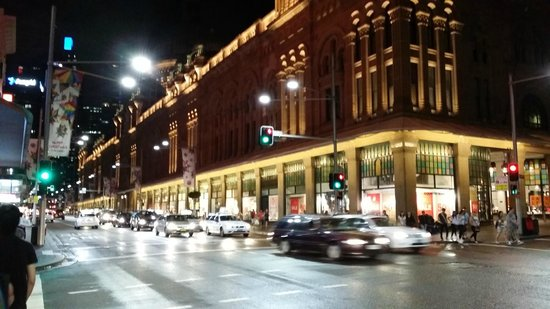Queen Victoria Building (QVB) : QVB at night - wow