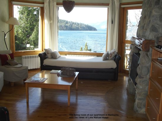 Lirolay Suites: The living room of our suite, with a view to Lake Nahuel Huapi