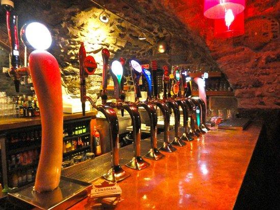 Kyteler's Inn: Basement bar