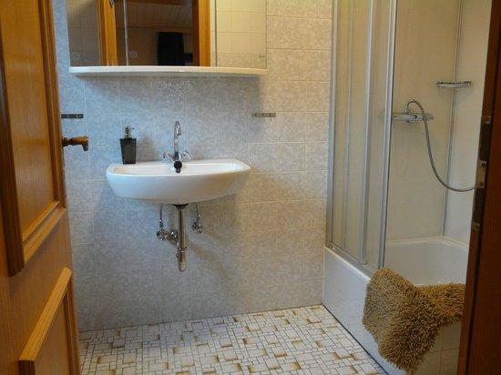 Landhaus Meine Auszeit: Badkamer voorbeeld bij comfort kamer