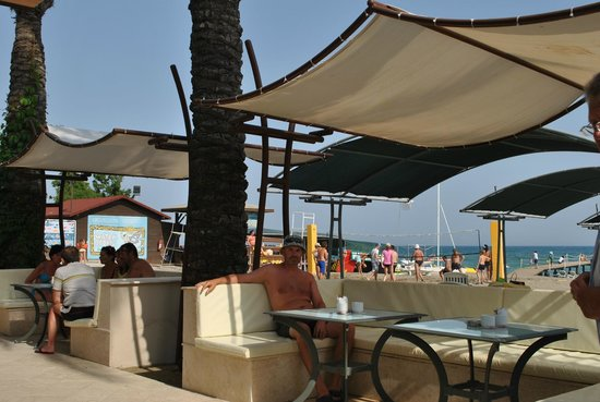 Papillon Ayscha Hotel Resort & Spa : beach bar