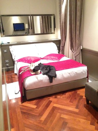 Hotel Lunetta: Letto comodo