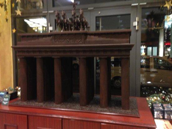 Rausch Schokoladenhaus: The Brandenburger Gate...in chocolate