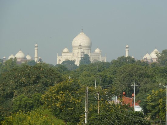 Hotel Taj Plaza: View from room - zoom