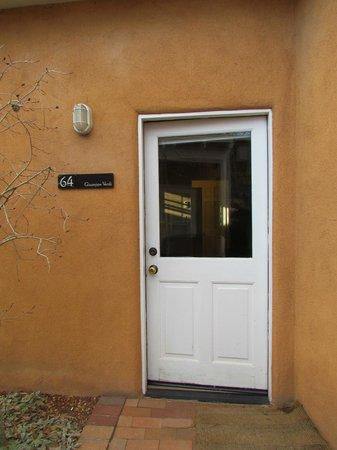 Las Palomas Inn Santa Fe: Big window