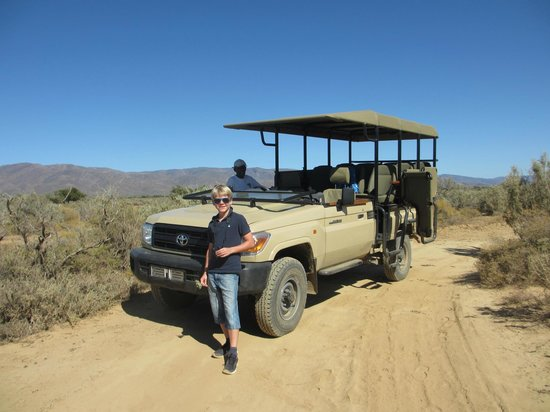 Inverdoorn Game Reserve: Private jeep